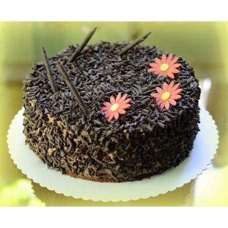 bezlepkovy-cokoladovy-dort-s-hoblinami-z-horke-belgicke-cokolady