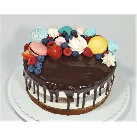 Bezlaktózový vanilkový semi-naked dort s makronkami, pusinkami a čerstvým ovocem