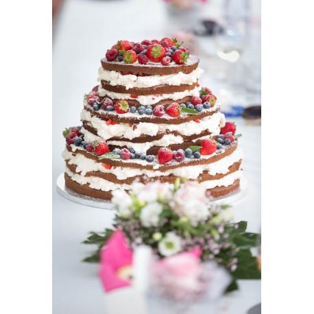 Vanilkový naked dort s čerstvým ovocem
