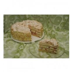 vanilkovy-dort-s-jahodami-a-snehovou-krustou